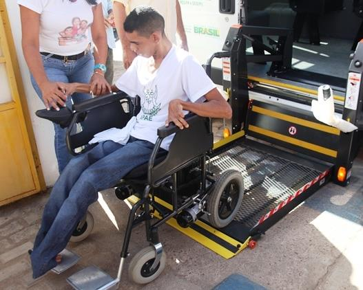 Passe Livre Intermunicipal beneficiou 4 mil pessoas com deficiência