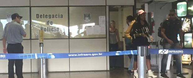 Ludmilla vai parar em delegacia ao desembarcar em aeroporto