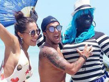 Thammy Miranda passa o dia na praia com Andressa, após reatarem