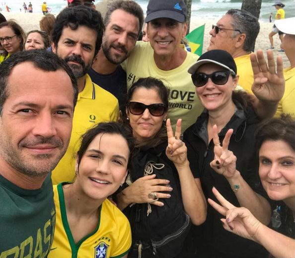Malvino Salvador com Kyra Gracie, Jorge Pontual, Victor Fasano e Christiane Torloni (Crédito: Reprodução)
