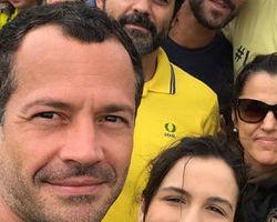 Famosos vão à manifestação a favor da Lava Jato e contra corrupção
