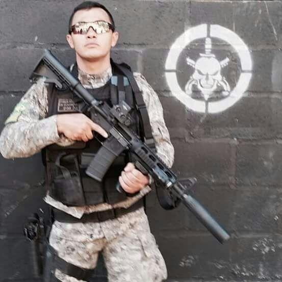 Cabo Claudemir Sousa, do Batalhão de Operações Especiais (Bope)
