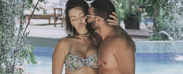 """Laura Keller sobre sexo com o marido: """"Dez dias curtindo"""""""