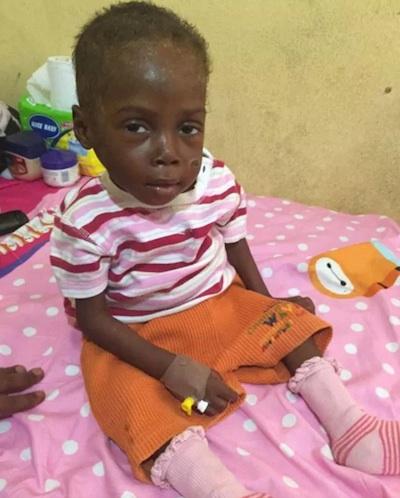 Garoto foi resgatado por grupo de ajuda (Crédito: Reprodução)