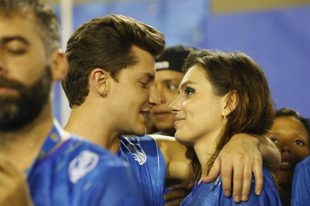 Mônica Iozzi e Klebber Toledo  (Crédito: Reproducão)