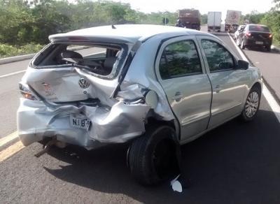 Veículo ficou destruido (Crédito: Reprodução)