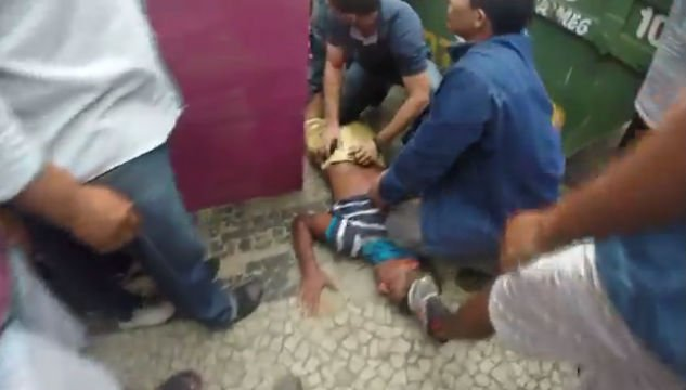 Acusado de assalto linchado no Centro de Teresina