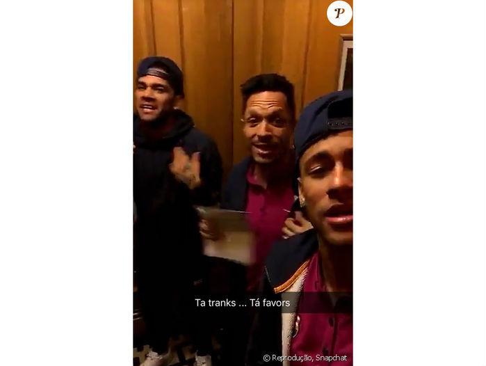 """Neymar dança """"Tá tranquilo, Tá favorável"""""""