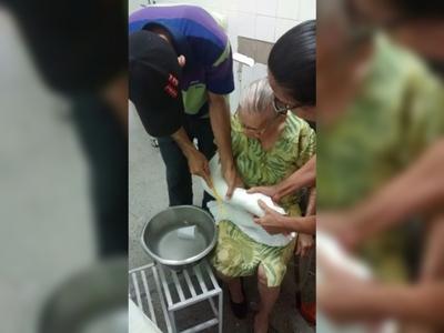 Família de idosa de 86 anos denuncia descaso em hospital de Oeiras