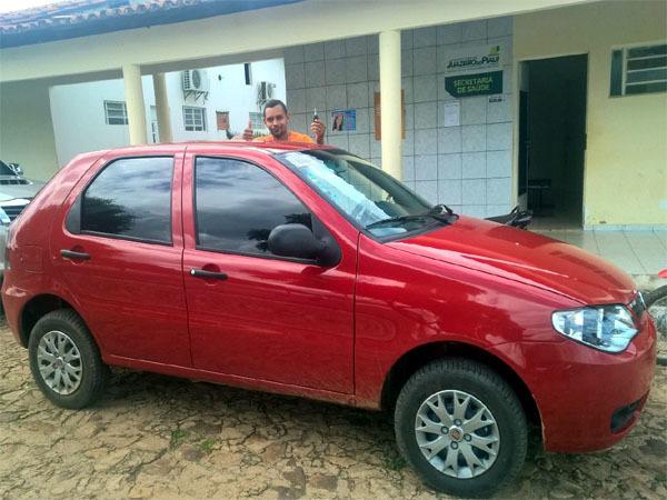 Prefeitura faz aquisição de novo veículo para a saúde do município.