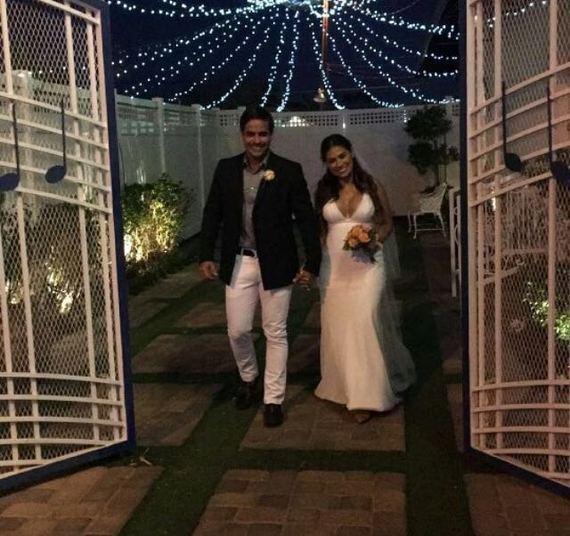 Simone, da dupla com Simaria, se casou novamente em Las Vegas