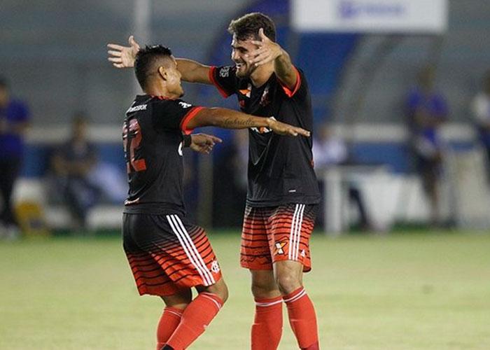 Felipe Vizeu marcou o gol da partida  (Crédito: Lance)