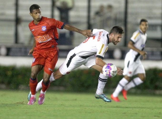 Vasco empatou com Friburguense (Crédito: Lance)