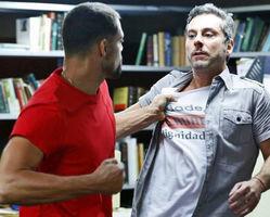 Romero se revela vivo para Juliano ao defender Atena durante briga