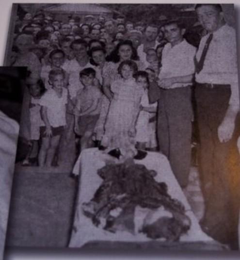 Várias pessoas visitaram o corpo após a prisão do médico (Crédito: Reprodução)