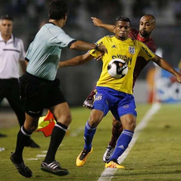 Reinaldo deu vitória à Ponte contra São Paulo