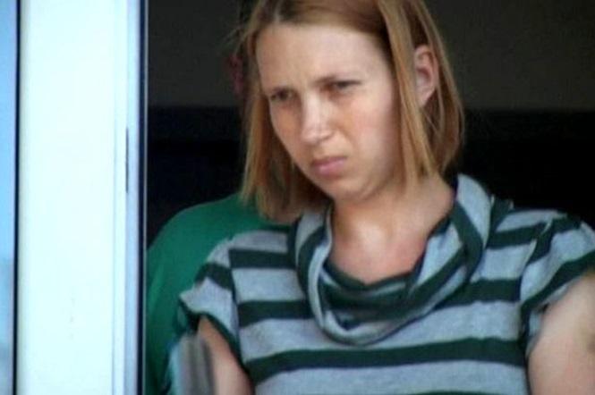 Elena Smocot, de 27 anos, foi presa e condenada, há 18 anos de prisão após matar seu bebê recém nascido (Crédito: Reprodução)