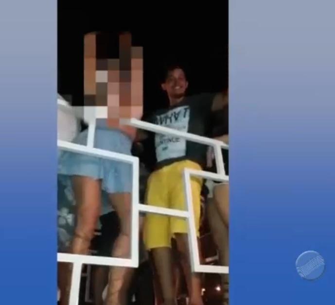Acusado foi visto em cima de trio com loira (Crédito: Reprodução)
