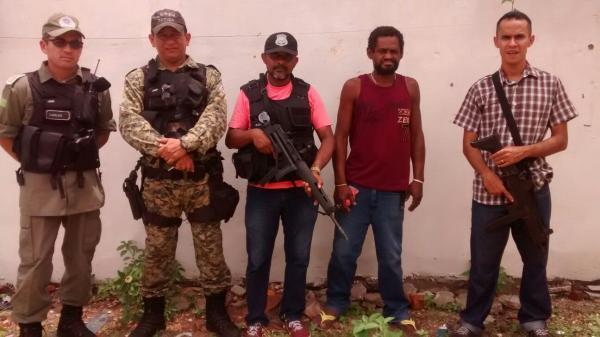 Prisão ocorreu próximo da Praça do bairro Piçarra, na zona Sul de Teresina