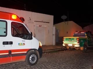 Homem é assassinado a tiros dentro da própria casa (Crédito: Reprodução/Jr Lopes)