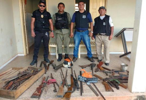 Oficina de armas em José de Freitas