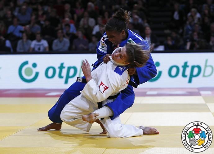 Rafaela Silva contra a polonesa Podolak (Crédito: IJF Media by G. Sabau)