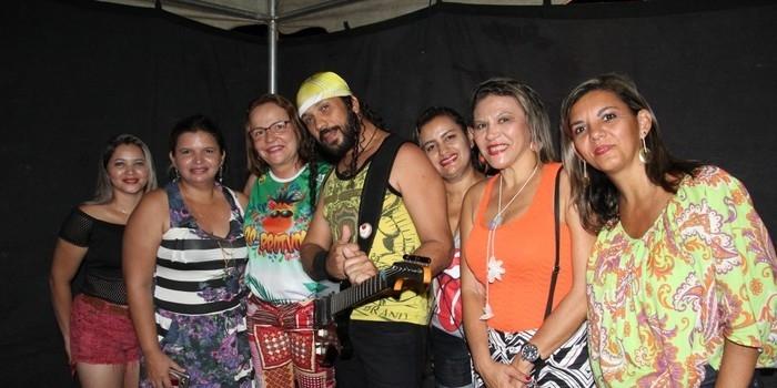 4 mil pessoas participaram da primeira noite de carnaval em Miguel