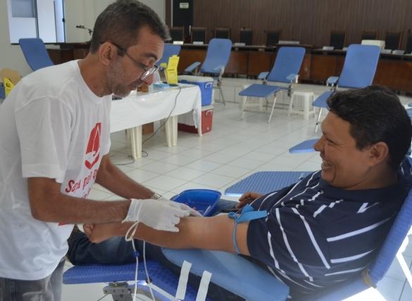 Hemopi funciona para receber doações