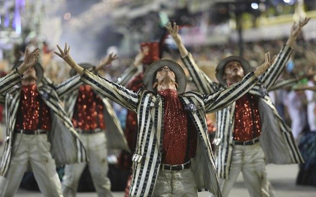 Mais uma vez escolas dão show no Rio