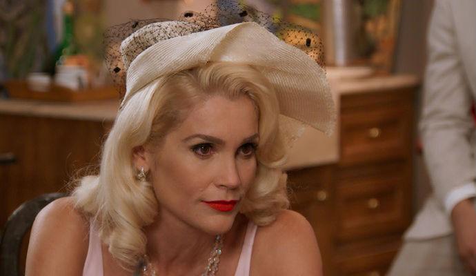 Sandra (Flávia Alessandra)