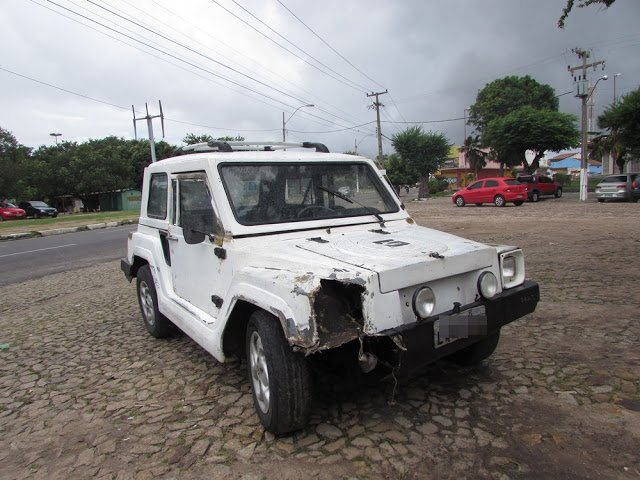 Carro invade preferencial e atropela motociclista em Parnaíba (Crédito: Reprodução)