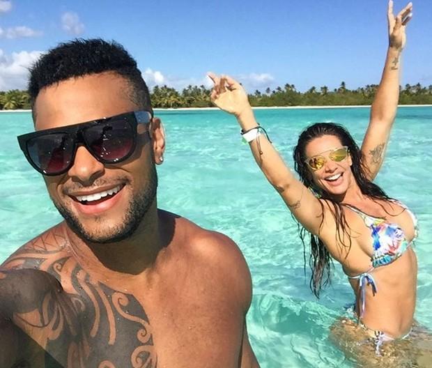 Scheila Carvalho exibe corpo sarado durante férias com o marido (Crédito: Reprodução / Instagram)