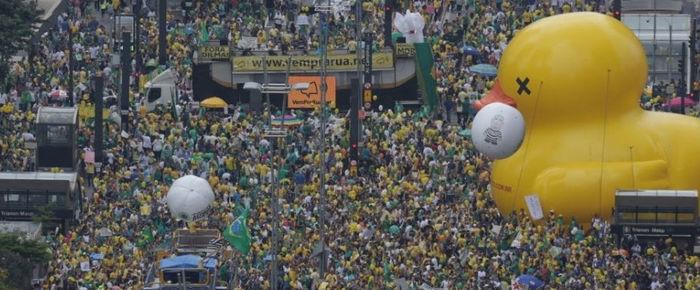 Protesto contra Dilma na avenida Paulista, em São Paulo