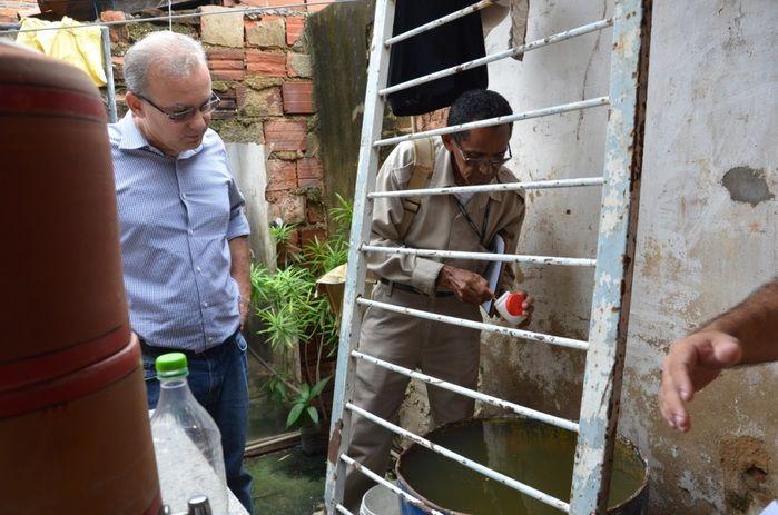 Faxina dos Bairros mobiliza comunidade na prevenção ao Aedes aegypt (Crédito: Renato Bezerra)