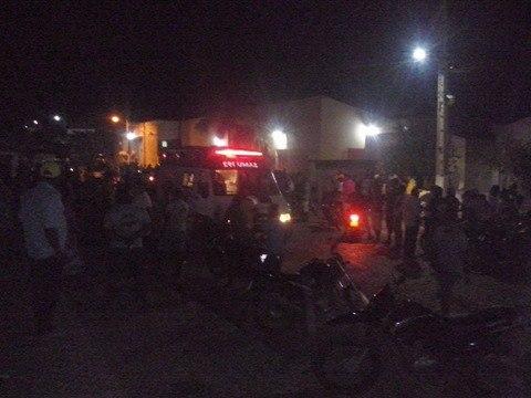Corpos foram levados Hospital Zuca Batista, em Simões
