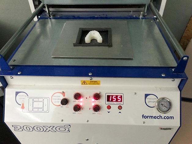Impressora 3D utilizada pelo estudante
