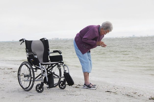 Senhora de 91 anos descobre câncer e resolve viajar o mundo (Crédito: Reprodução)