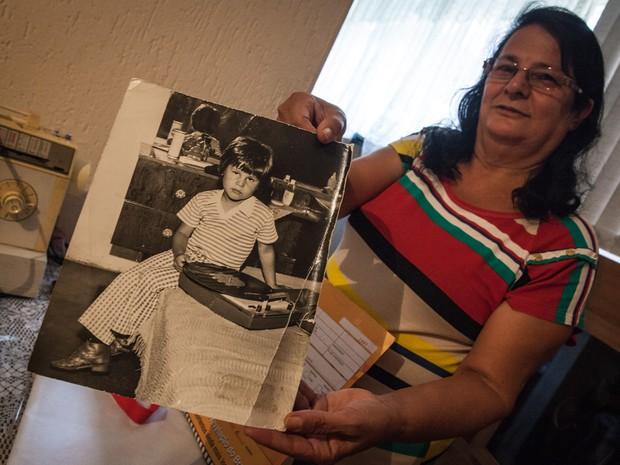 Célia Alves, de 62 anos, mãe de Dinho