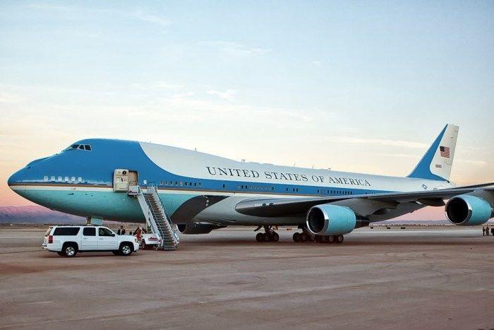 """Avião presidencial """"Air Force One"""", um Boeing 747"""