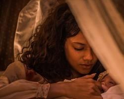 Leonor morre durante o parto do seu segundo filho com Afrânio