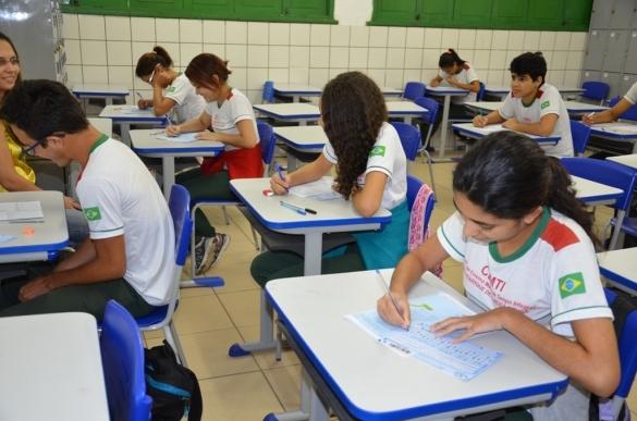 Cerca de 100 mil alunos retomam o inicio letivo no Piauí