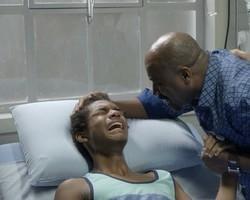Wesley entra em desespero ao descobrir que está paraplégico