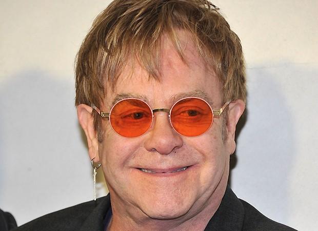 Elton John (Crédito: Reprodução)