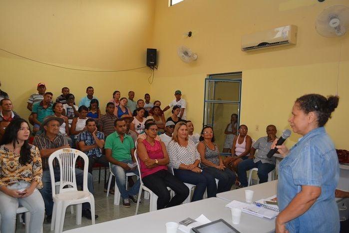 Senadora Regina Sousa participa de encontros