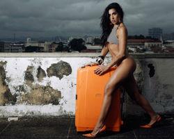 """Juliana Dias faz revelações: """"Fui para cama com 7 homens até hoje"""""""