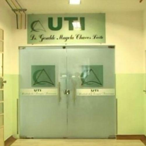Filho é preso acusado de estuprar a própria mãe com AVC em hospital