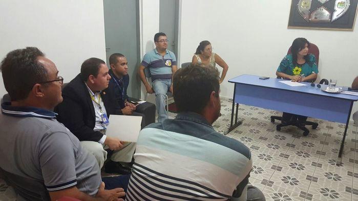 Reunião na sede da Prefeitura