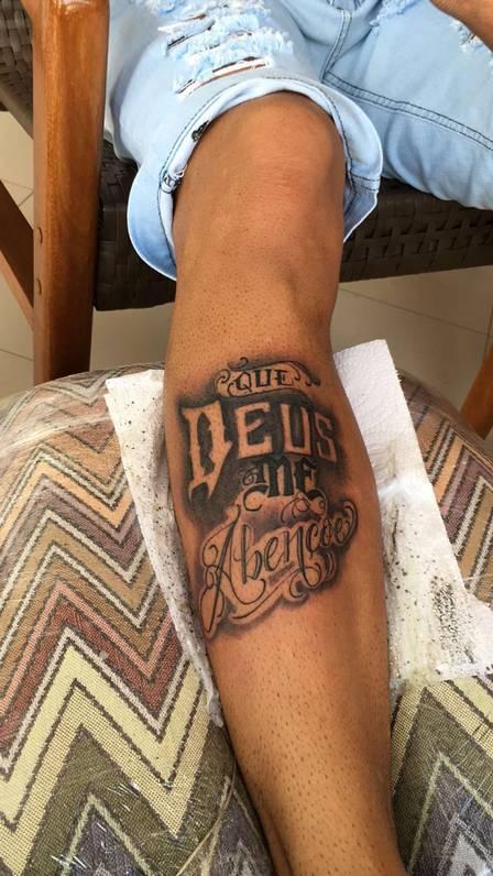 Nova tatuagem de Neymar  (Crédito: Divulgação)