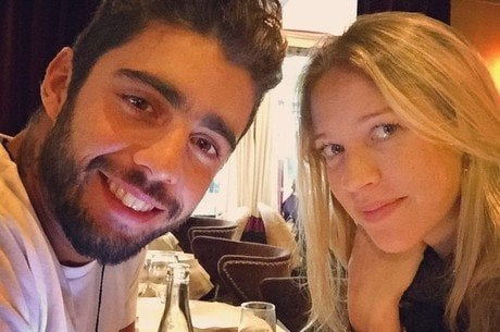 Luana Piovani e o marido Pedro Scooby
