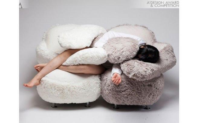A designer sul-coreana Eun Kyoung Lee criou o 'Free Hug'